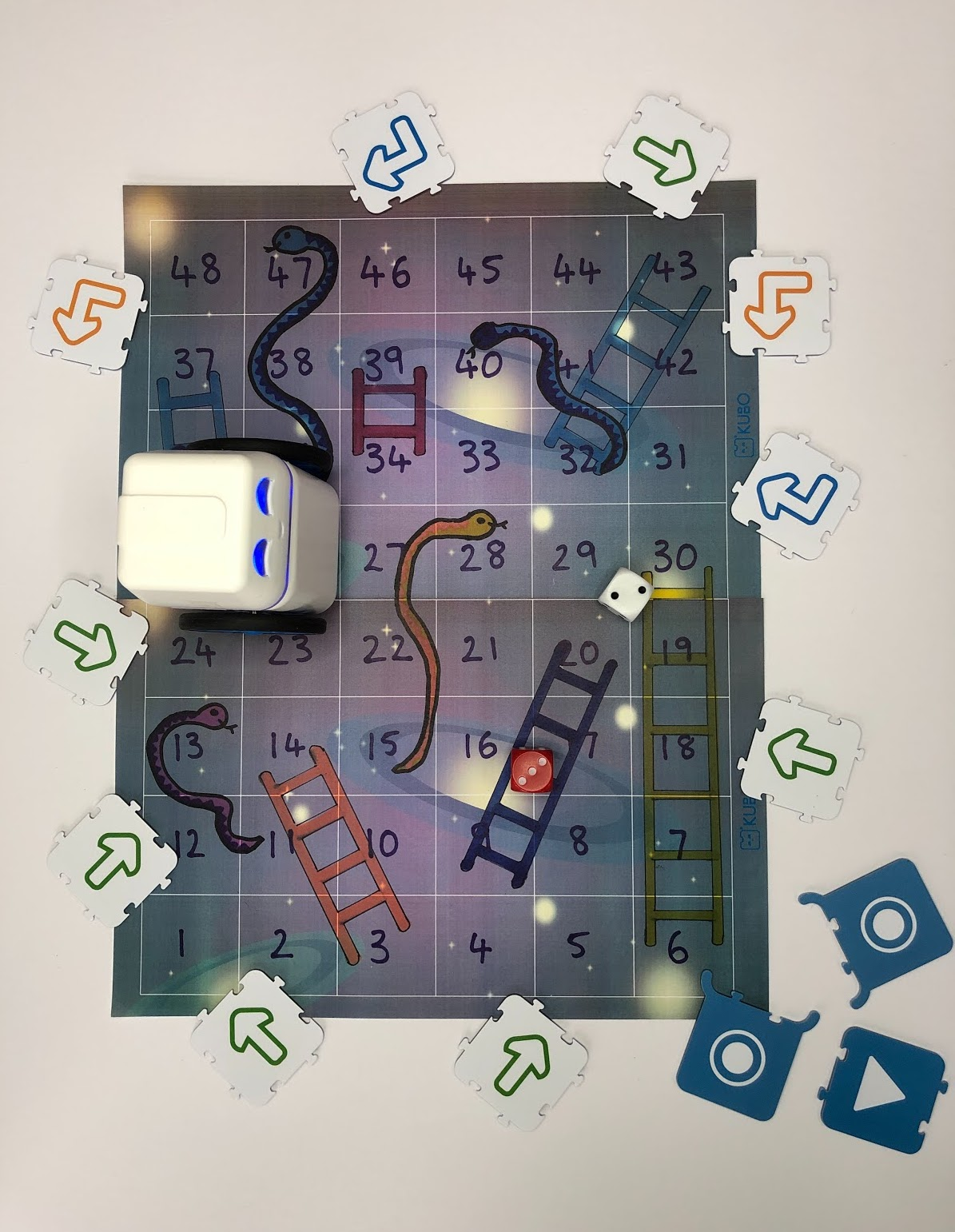 Snakes and ladders KUBO